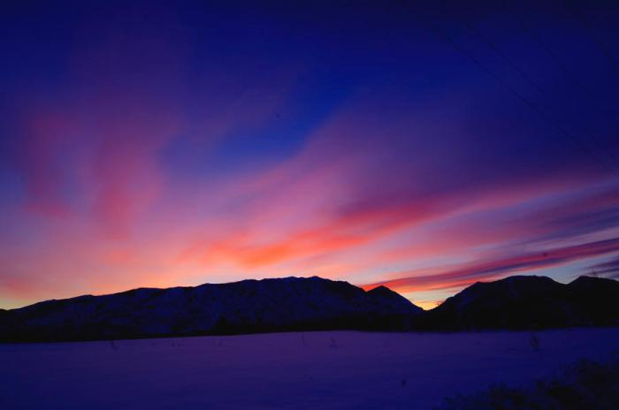 sunrise-over-mountain--hdr-gary-little
