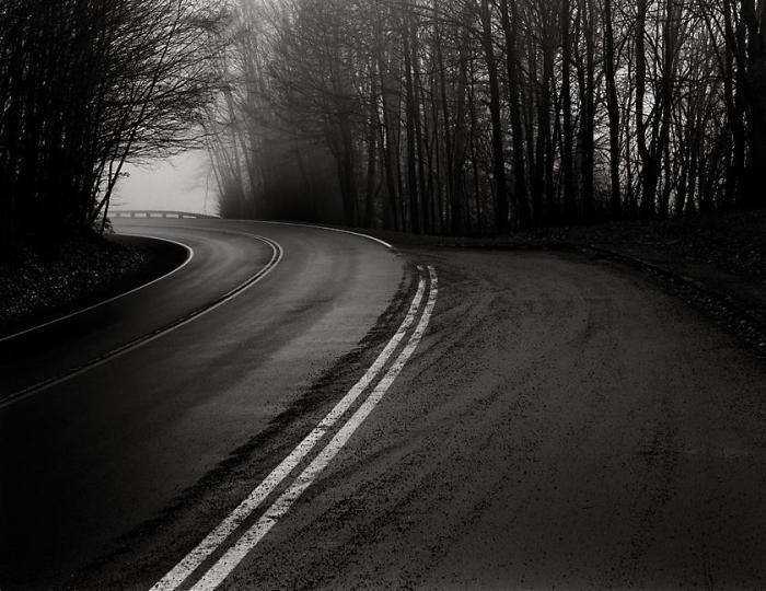 Foggy Road At Dawn - Newfound Gap_ TN - 2007-12-27_840_usm_web1